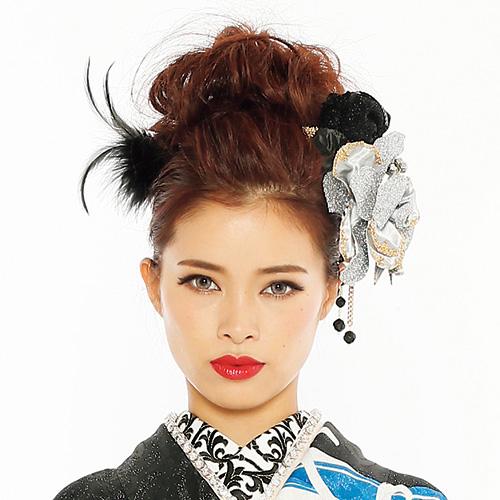 【髪飾り】薔薇ラメblackファー付きSilver